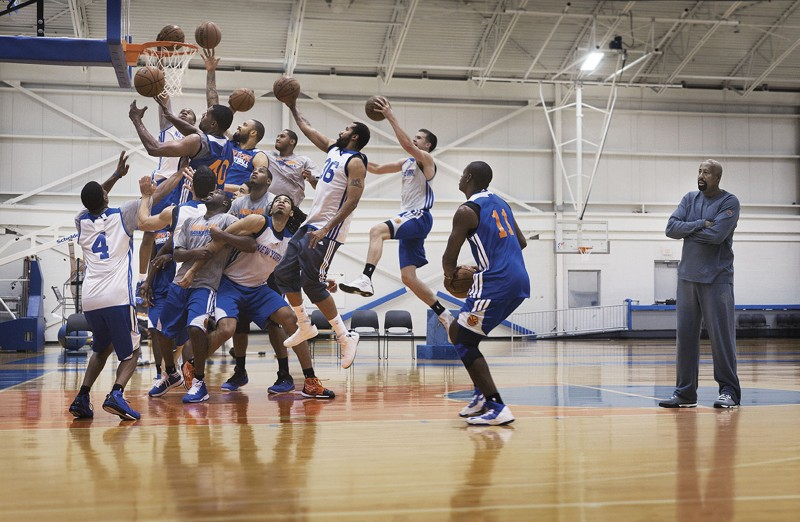 Peter Funch: New York Knicks - Peter Funch was hired by New York Magazine to photograph the Knicks for an article in this…