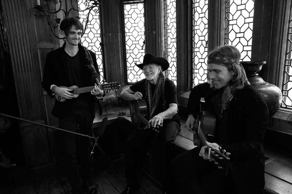willie-nelson-and-sons-bts-2