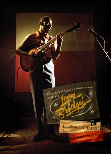 Alex Trochut : Leon Bridges - Artist Alex Trochut createdthis gig poster for Leon Bridges' performance at the Greek Theatre, a gift to the musiciancommissioned by…