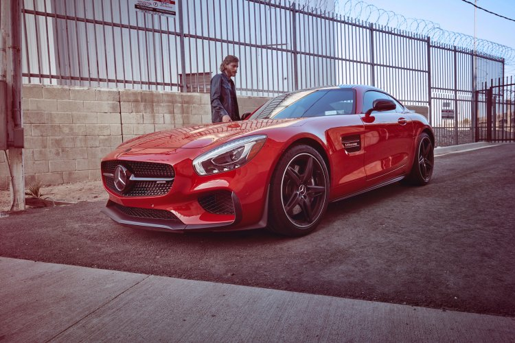Markus Wendler: Mercedes AMG GT - Photographer Markus Wendler for the Mercedes AMG GT luxury Sports car, on set in Los Angeles.   …
