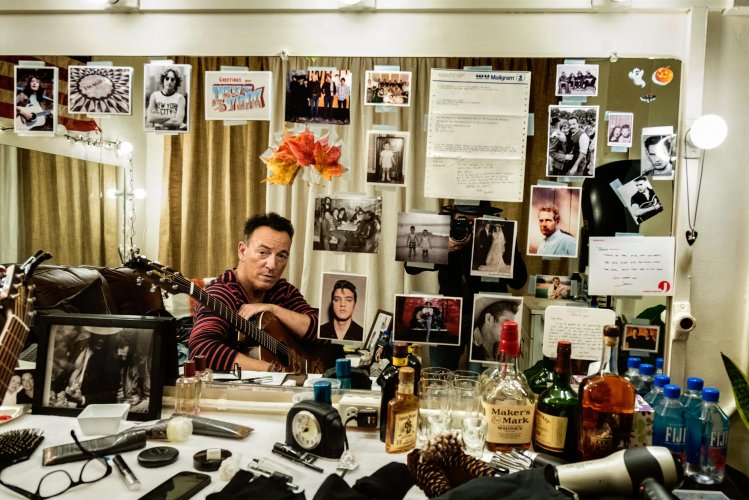 Danny Clinch: Springsteen On Broadway, now on Netflix! - Bruce Springsteen has officially wrapped his Broadway show after 236 sold out performances. It was an incredible journey that photographer…