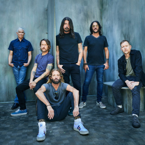 Danny Clinch: Foo Fighters - Photographer Danny Clinch was recently commissioned to shoot the Foo Fighters for their upcoming album, Medicine at Midnight. The images…
