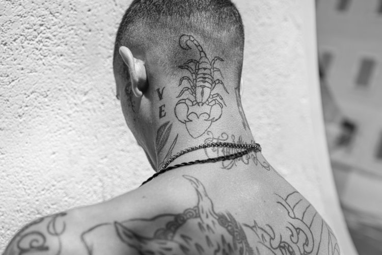 Nick meek: Gotica Portraits - Photographer Nick Meek's latest personal project is a series of gritty portraits made in Barcelona's Gothic Quarter. Here's what Nick…